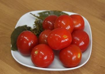 Маринованные помидоры на зиму в банках: очень вкусные рецепты