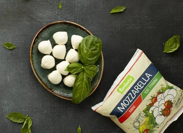 Сыр Моцарелла: что это такое и с чем его едят
